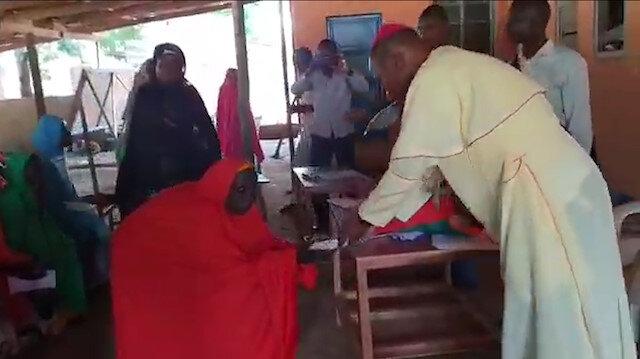 Misyonerler Nijeryada Müslümanlara para vererek dinlerini değiştiriyor