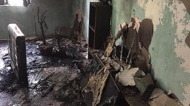 Hakkari'de 4 kişilik ailenin evi yandı