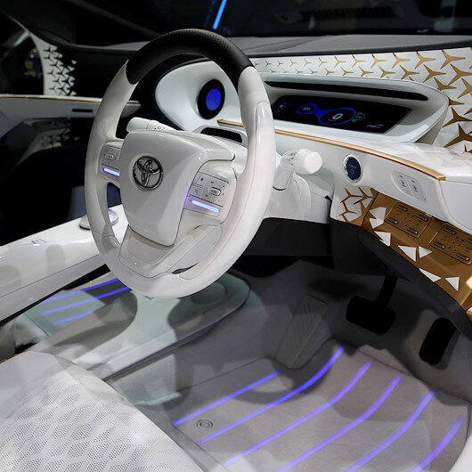 Toyota's not alone in the slow lane to self-driving cars