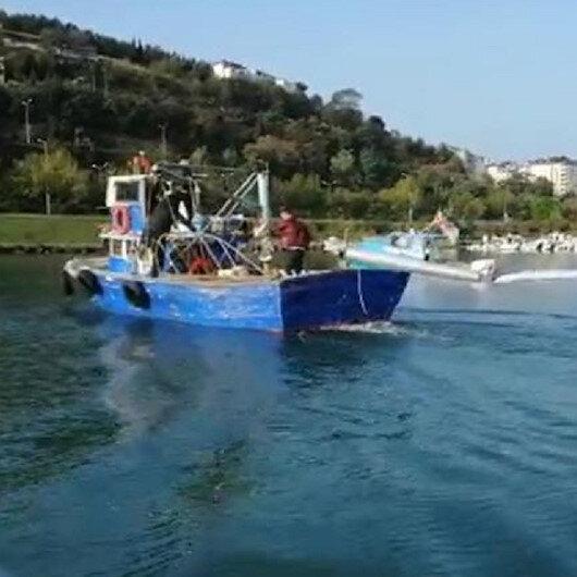 Balıkçı teknesiyle kaçmaya çalışan firari, denizde yakalandı
