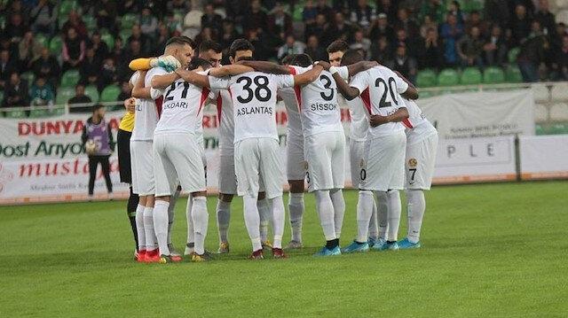 Eskişehirsporlu futbolcular kazan kaldırdı