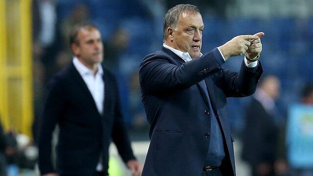 Feyenoord'un yeni teknik direktörü Advocaat oldu