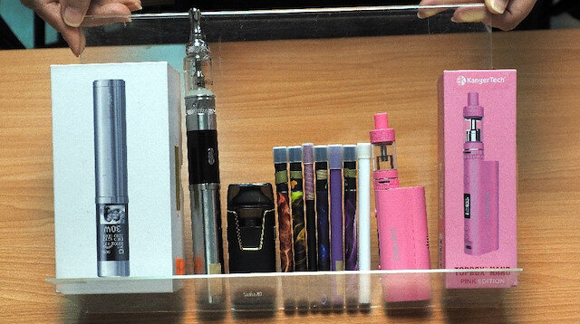 300 milyon sigara bağımlısı bulunan ülke internet üzerinden e-sigara satışını yasakladı