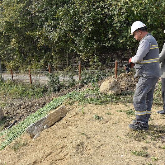 Bartın'da elektrik hattı için yapılan kazıda tarihi sütun bulundu, mermer işlemeli sütun korumaya alındı