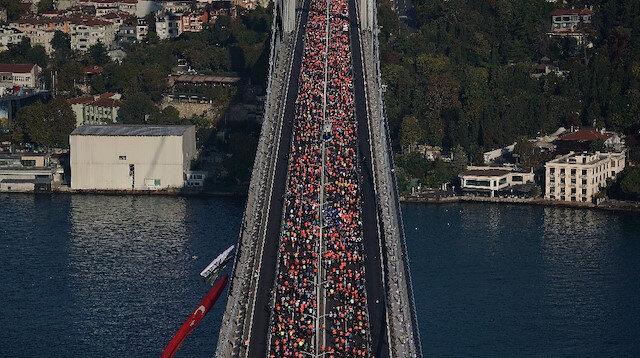 Maratona 106 ülkeden yaklaşık 140 bin kişi katıldı.