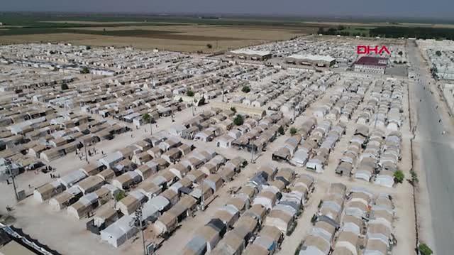 Türkiye'deki mülteci kamplarını gören Yunanlı gazeteciden ülkesine sert sözler:  Bir Yunanlı olarak utanıyorum