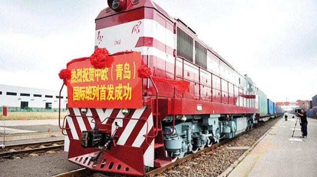 Tarihe geçecek tren Türkiye'ye giriş yaptı: Çin'den Avrupa'ya uzanan yeni hat