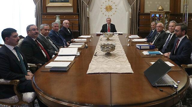 YİK toplantısından önemli kararlar: Baskılara karşı 3 unsurlu diplomasi atağı