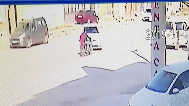 Bursada 2 arkadaşın ağır yaralandığı motosiklet kazası kamerada