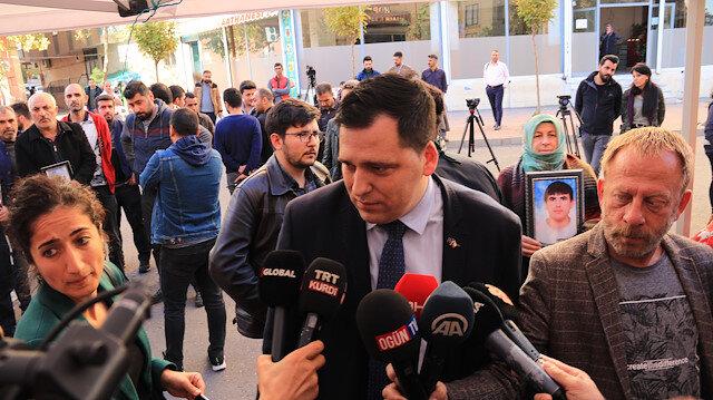 برلماني أوروبي يزور اعتصام أمهات ديار بكر التركية