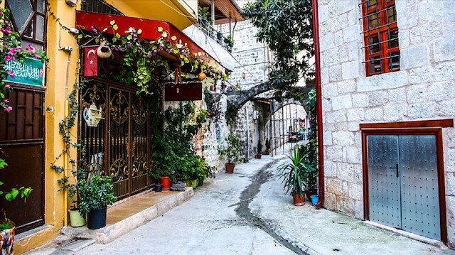 أنطاكية التركية.. أزقة ضيقة ومنازل تاريخية شامخة تقاوم الزمن