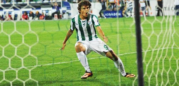 Enes Ünal'ın Galatasaray'a attığı gol anı