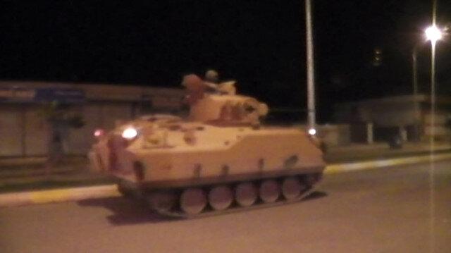 Sınıra zırhlı araç sevkiyatı devam ediyor