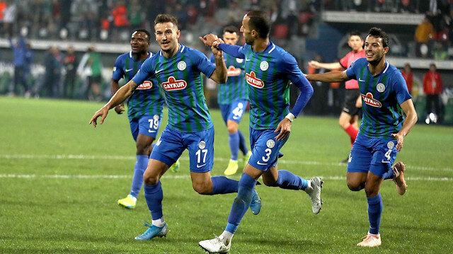 Çaykur Rizespor sahasında Antalyaspor'u 1-0 mağlup etti.