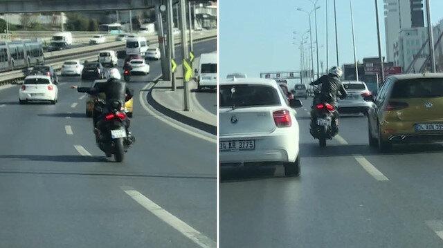 İstanbul'da motosikletle makas atarken bile dans eden maganda