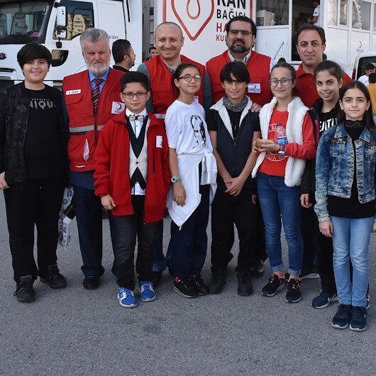 Samsun'da ortaokuldaki kan bağışı kampanyasında rekor