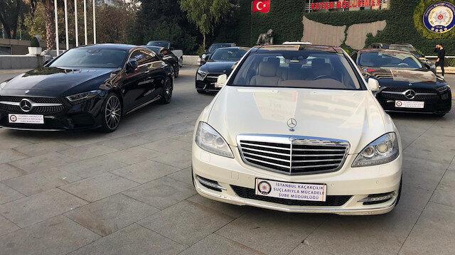 İstanbul'da 'lüks araç' şebekesine operasyon: Emniyet Müdürlüğünün bahçesi lüks araç galerisine döndü