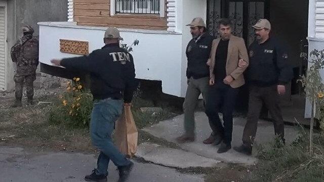 Terörden gözaltına alınan HDP'li İpekyolu Belediye Başkanı Azim Yacan tutuklandı