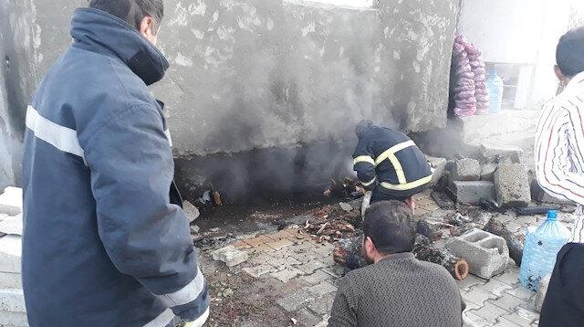 Yüksekova'da korkutan yangın: Büyük çapta maddi zarar oluştu