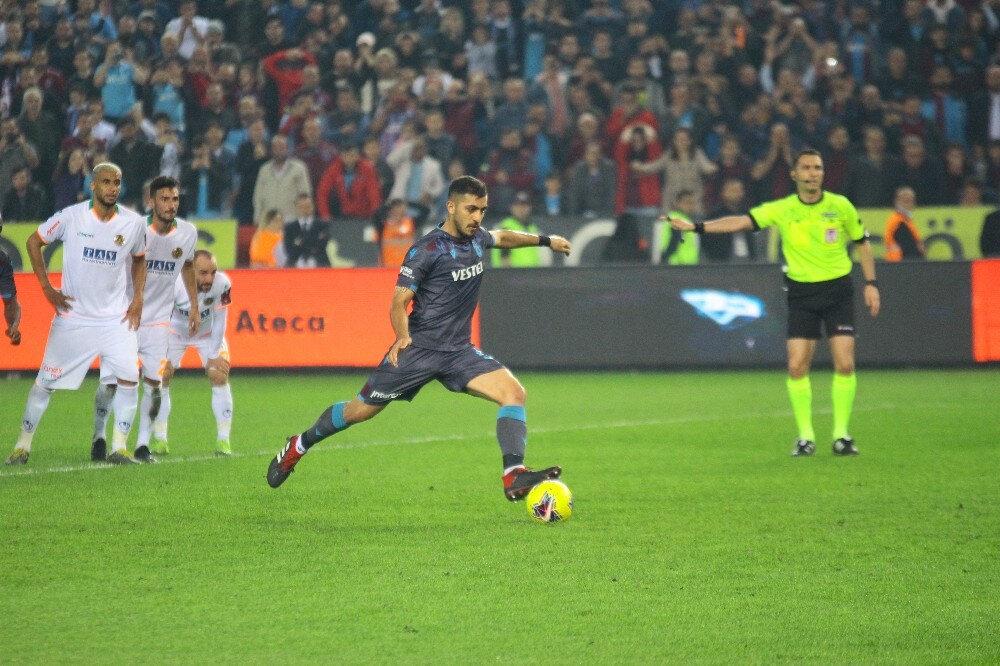 Alanyaspor karşısında kazanılan 2 penaltıyı da Hosseini kullandı.