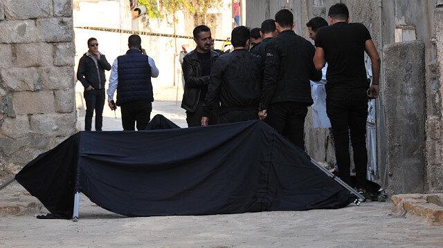 Mardin'de bir kişi sokakta bıçakla öldürülmüş bulundu