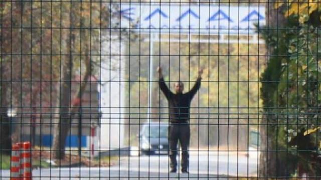 Suspected terrorist stuck between Greece and Turkey