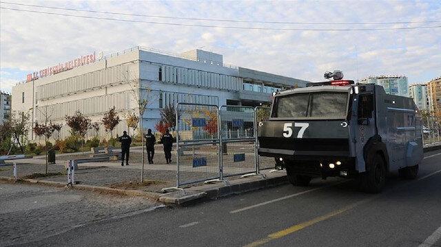4 HDP'li belediye başkanı görevden alındı