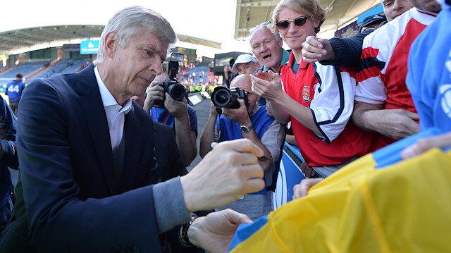 Wenger, 22 yıl boyunca Arsenal'de çalışmıştı.