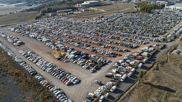 Ankara'da yediemin otoparkındaki araçlar çürümeye terk edildi: Artık koyacak yer bulunamıyor