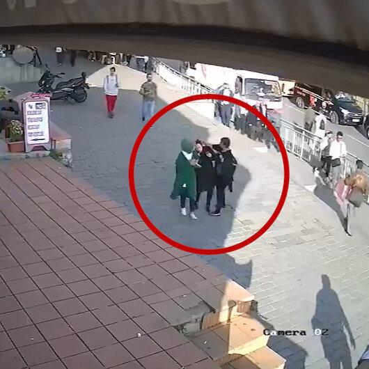 Karaköyde başörtülü kıza yumruklu saldırı