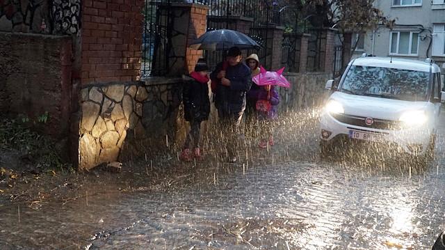 Meteoroloji hava durumu tahminlerini açıkladı: 18 ilde yağış bekleniyor