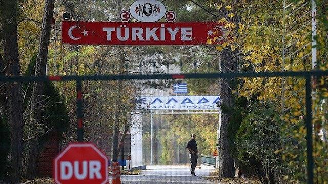 لليوم خامس.. إرهابي أمريكي عالق بالمنطقة العازلة بين تركيا واليونان