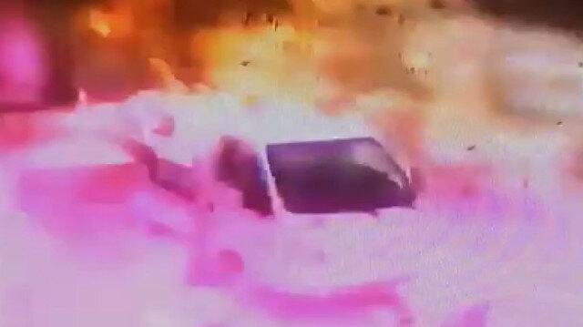 El Bab'da bomba yüklü araçla saldırı anı kamerada