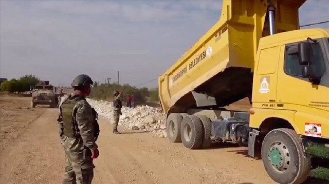 Turkey rebuilding roads in northern Syria