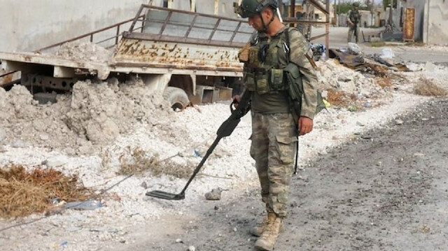 Turkey destroys hundreds of mines, IEDs in Syria operation
