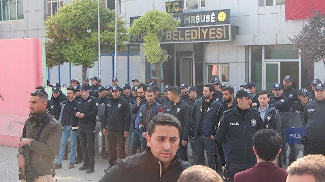 Mardin'de 3, Şanlıurfa'da bir HDP'li ilçe belediyesine kayyum atandı