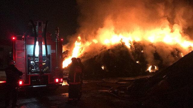 Sakarya'da geri dönüşüm fabrikasında 2 gün sonra yine yangın çıktı