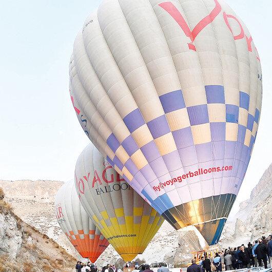 Kapadokya'nın kapısında balonlar havalandı