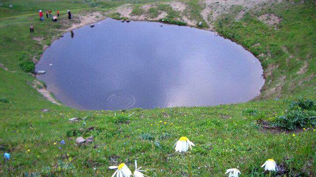 Dipsiz Göl'ün eski haline dönmesi için kar bekleniyor: Su takviyesi yapılmayacak
