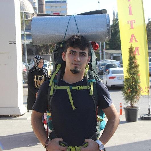 Otostopla Türkiye'yi gezen gezginin şimdiki hedefi 3 buçuk yılda dünyayı gezmek