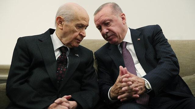 Meclis'te sürpriz görüşme: Cumhurbaşkanı Erdoğan ile Bahçeli bir araya geldi