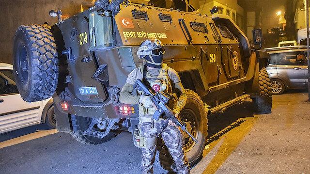 Gaziantep'te bin 720 polisle helikopter destekli uyuşturucu operasyonu düzenlendi