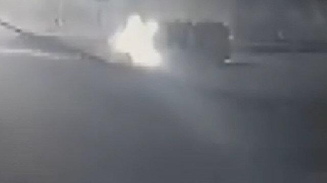 Siirt'te kaldırıma çarpan araç takla attı