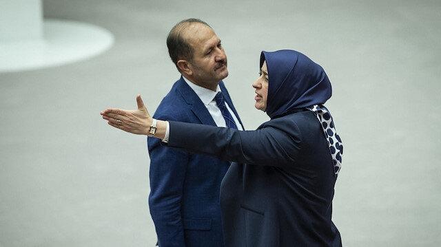 AK Parti Grup Başkanvekili Özlem Zengin: 'Hala başörtüsü' diyenlere maalesef hala başörtüsü diyoruz biz geçtik ama siz geçemiyorsunuz