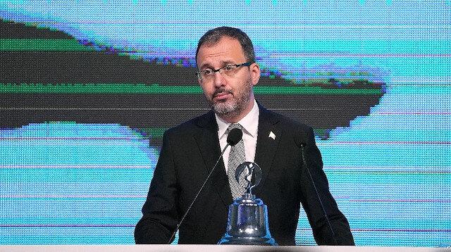 Bakan Kasapoğlu 'Futbol Ekonomi Forumu'nda konuştu: Radikal kararlar almamız gereken bir süreçteyiz