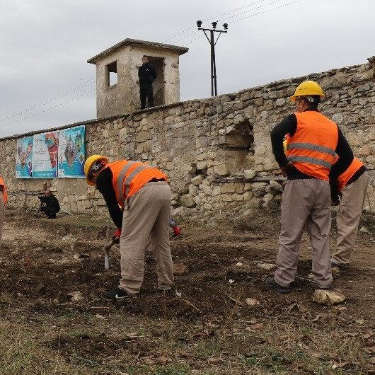 2. Mahmut döneminde yapılan kayıp camiyi mahkumlar ortaya çıkardı