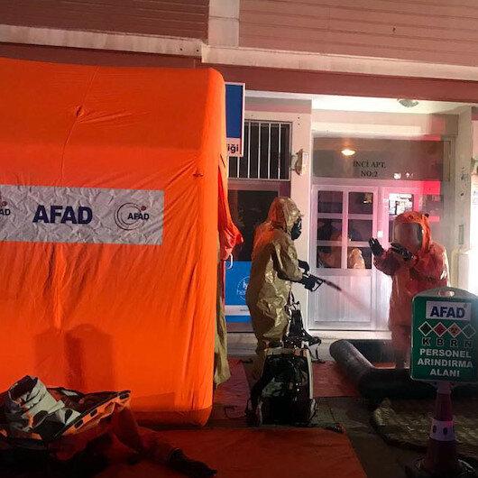 Evine gelen zarfı açan kişi hastanelik oldu: AFAD ekipleri binada kimyasal madde aradı