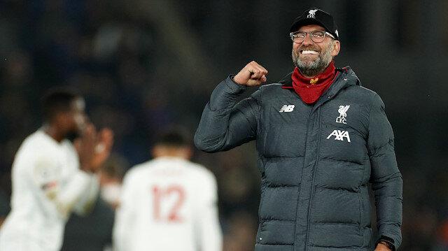 13 maçta 12 galibiyet ve 1 beraberlik alan Liverpool, Premier Lig'de liderliğini sürdürüyor.