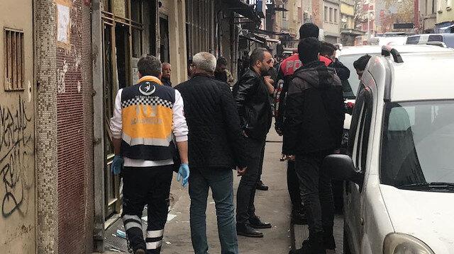İstanbul Beyoğlu'nda internet kafeye silahlı saldırı: 4 yaralı