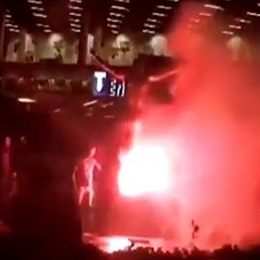 Zlatan İbrahimovicin heykelini yaktılar